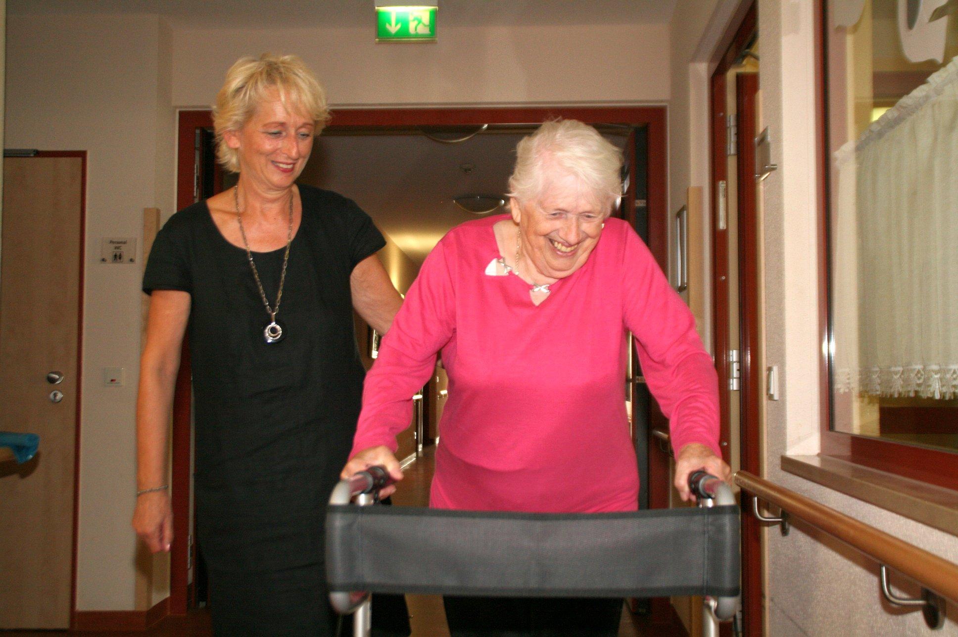 seniorenbetreuung-muenchen-lebensfreude-66-plus-bewegungstraining
