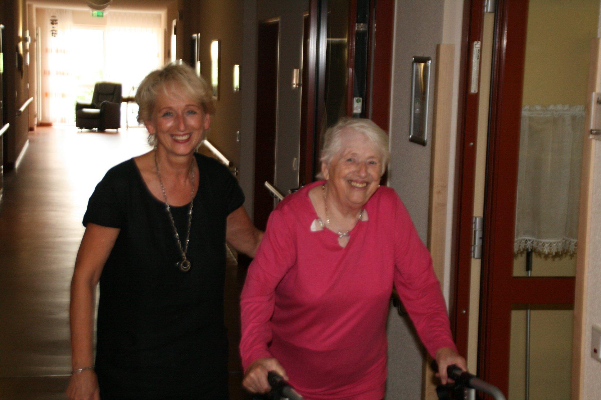 seniorenbetreuung-muenchen-lebensfreude-66-plus-gehtraining