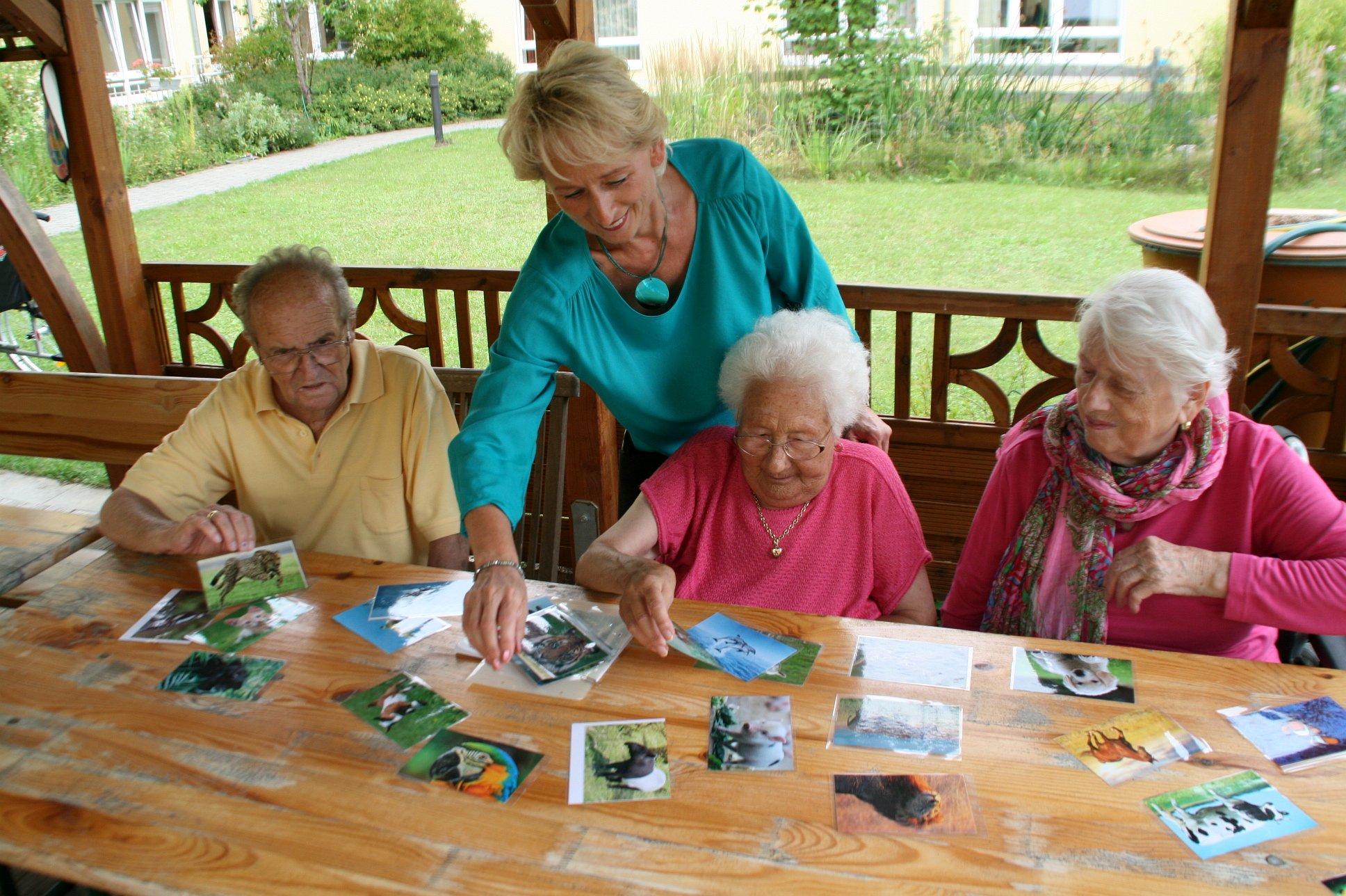 seniorenbetreuung-muenchen-lebensfreude-66-plus-bilder-erkennen